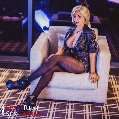 Tiffany Athletic Voluptuous Body Lifelike Sex Doll