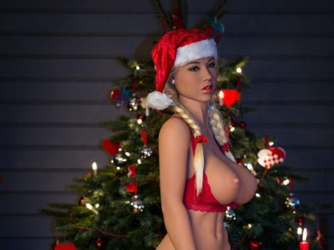 Happy holidays with SEX DOLL