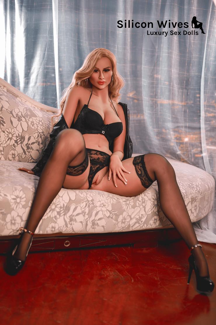 Sex Doll Minka big ass