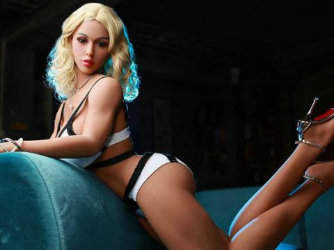 Cute Supermodel Sex Dol